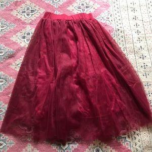 Burgundy tuile layered skirt